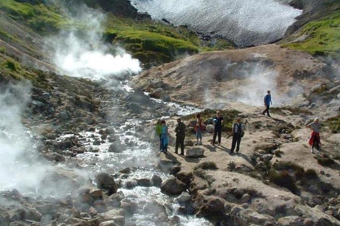 Мини-Долина гейзеров или Дачные источники - туры и экскурсии на Камчатке