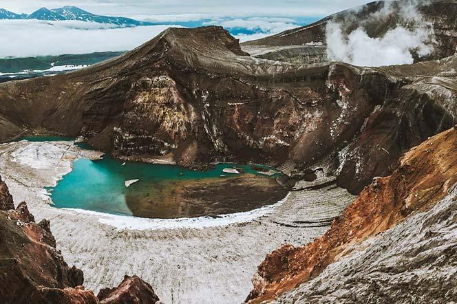 Кратер вулкана Горелый - туры и экскурсии на Камчатке