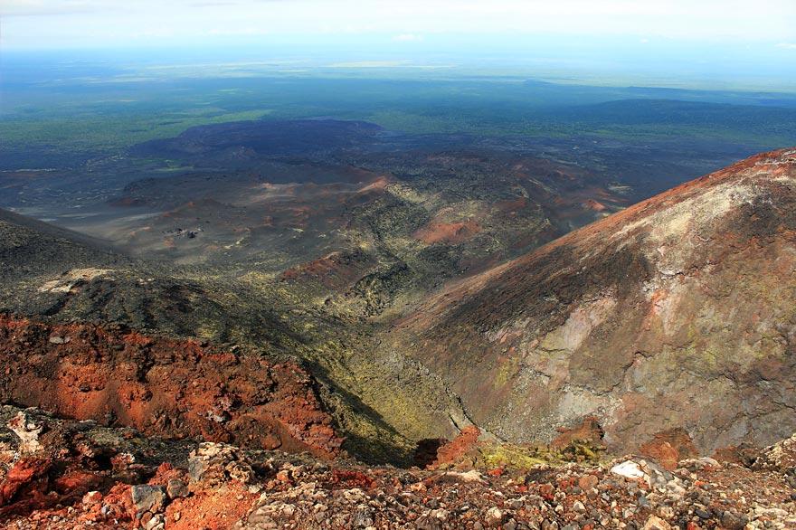 вулкан Тобачик - кратер - туры и экскурсии на Камчатке
