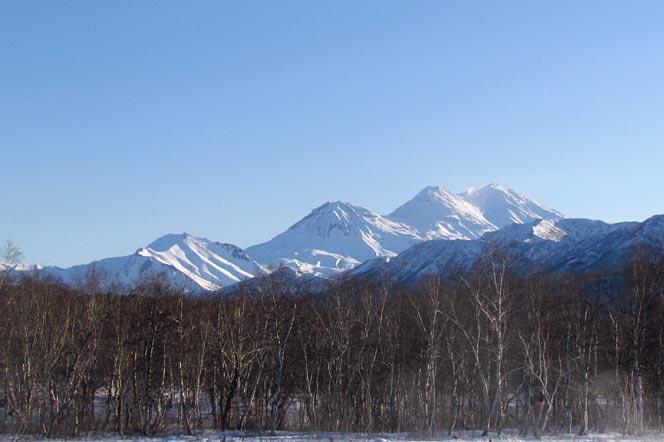 Вулкан Жупановский - Природный парк Налычево на Камчатке - туры и экскурсии на Камчатку