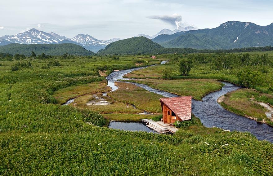 Пеший тур в долину - парк Налычево на Камчатке - туры и экскурсии на Камчатку