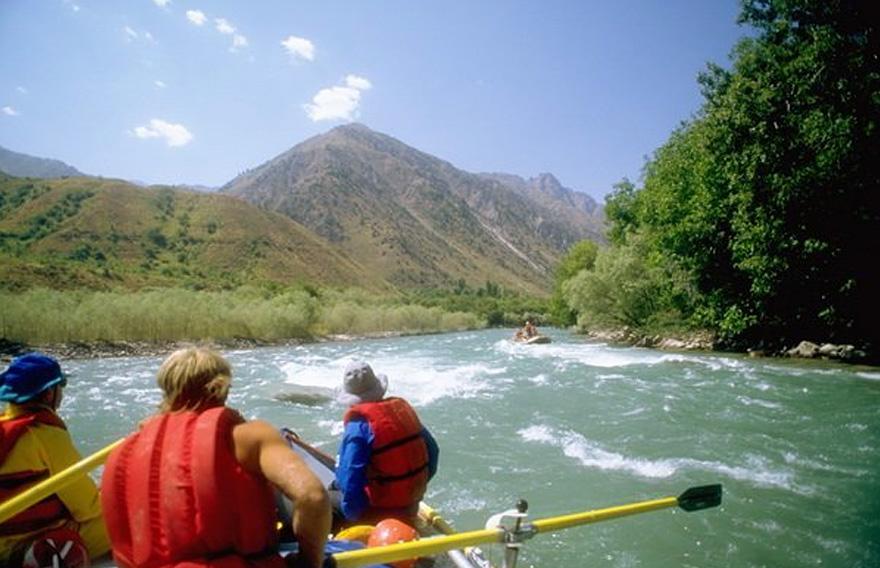 Сплавы по реке Быстрая Малкинская на Камчатке - туры и экскурсии по Камчатки