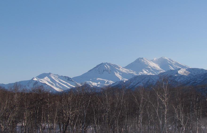 Вулкан Жупаново в парке Налычево на Камчатке - туры и экскурсии на Камчатке