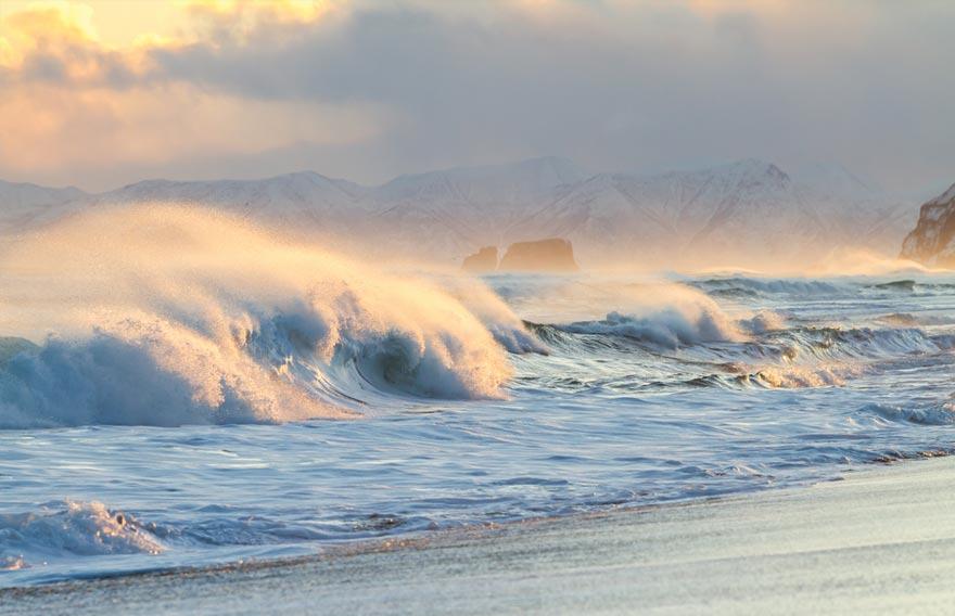 Халакрыский пляж на Камчатке - туры и экскурсии на Камчатке