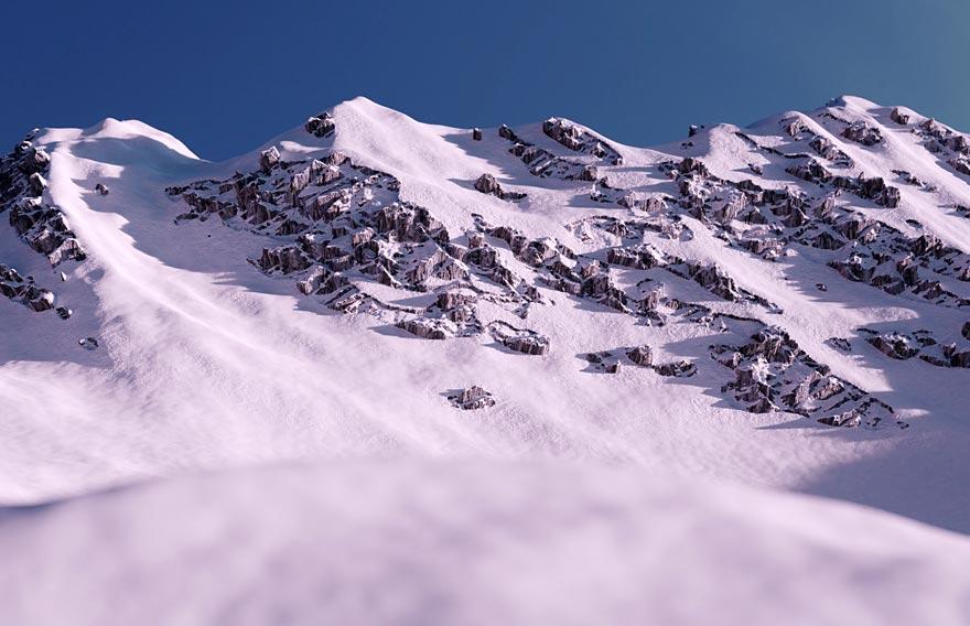 Тур на снегоходах на Большие Банные источники - туры и экскурсии на Камчатке