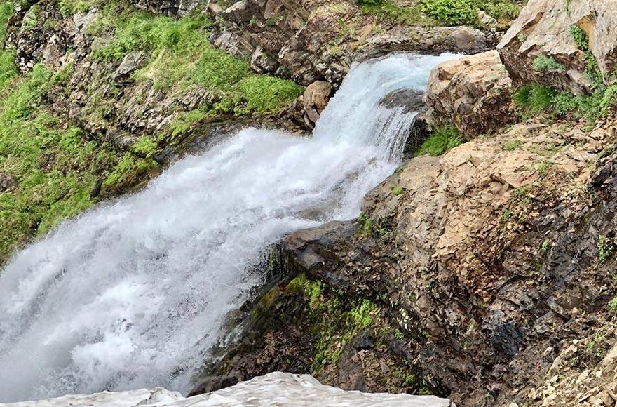 Водопад на Вулкане Вачкажец - туры и экскурсии на Камчатку
